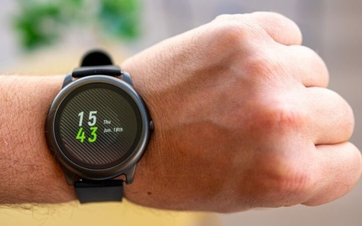 Everything You Need To Know About Solar Smart watches